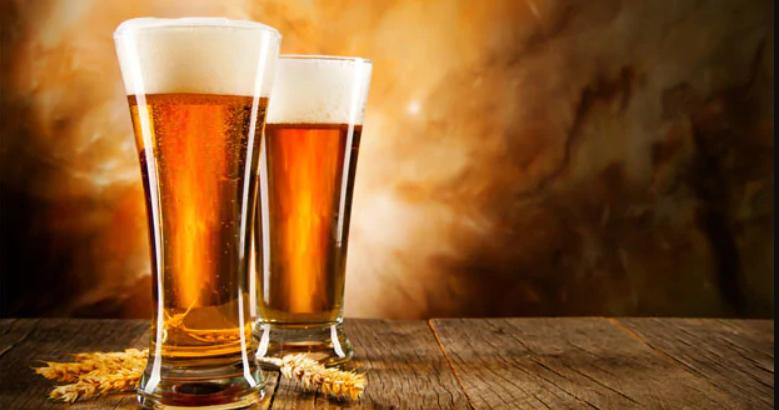 Bia la một thực phẩm rất tốt cho tóc bao gồm các thành phần: nước, mạch nha, hoa bia, ,men bia.