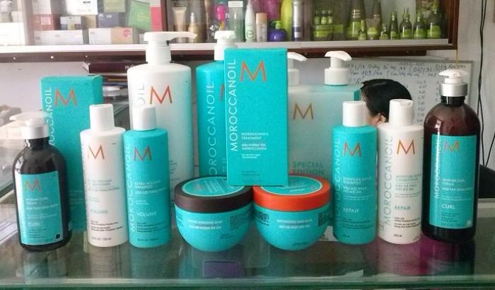 Hãy dùng các loại dầu gội, dầu xả chuyên dụng dành cho tóc nhuộm là tốt nhất.