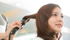 Ép tóc là một phương pháp ép tóc làm thẳng tóc tạm thời để giữ tóc thẳng từ 1 - 3 tháng.